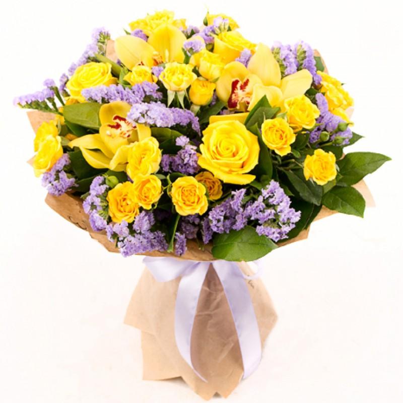 Букет из желтых орхидей и роз