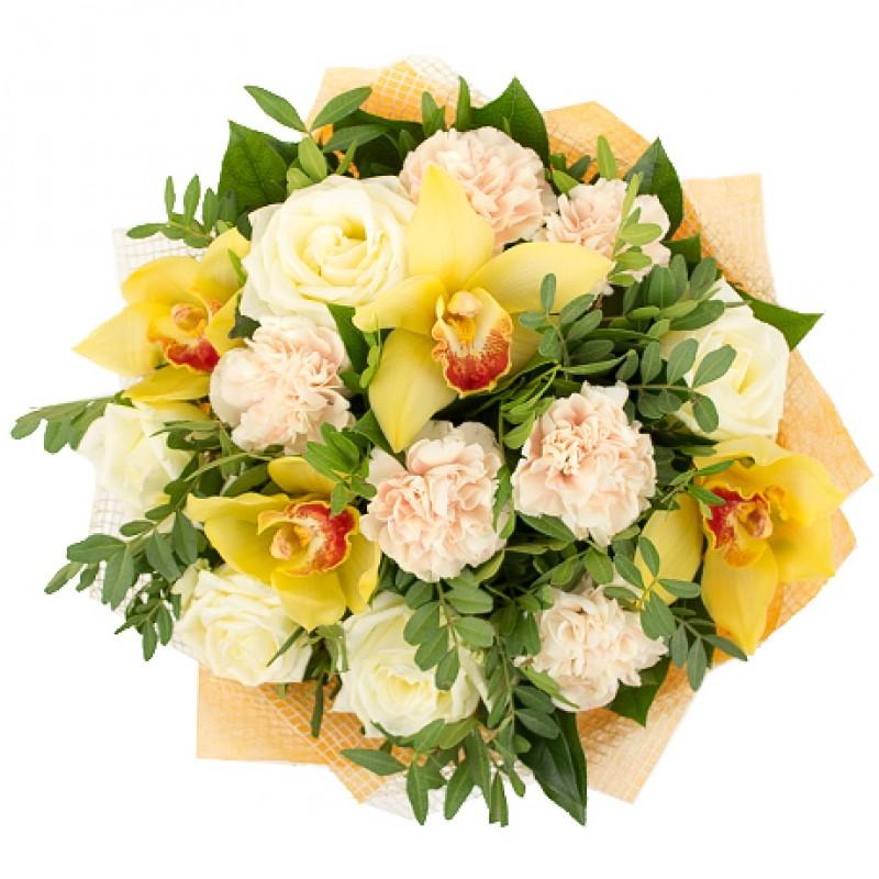 Букет с желтыми орхидеями