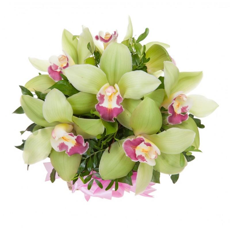 Цветочная композиция из орхидей, в коробке