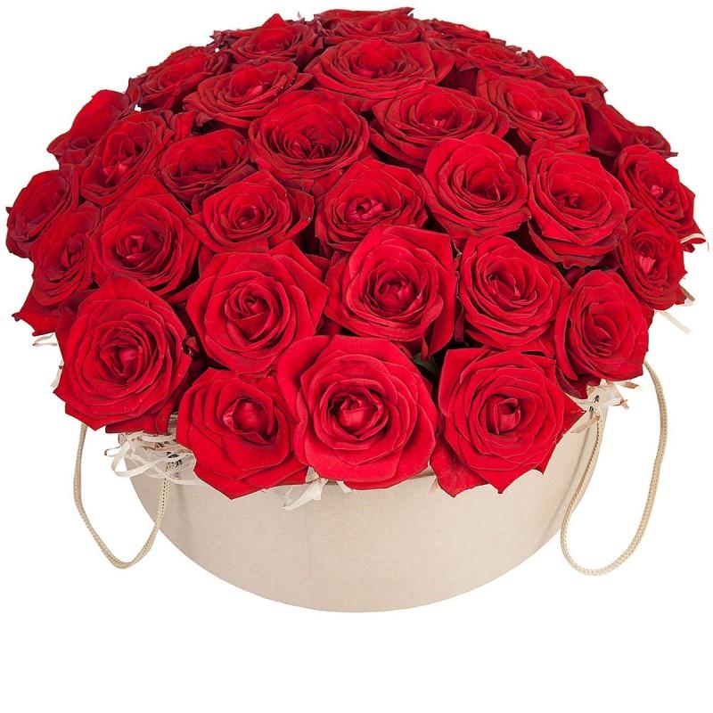 Цветочная композиция из красных роз