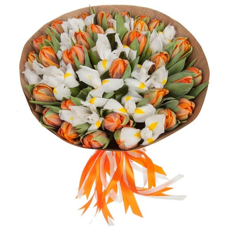 Букет из тюльпанов и ирис
