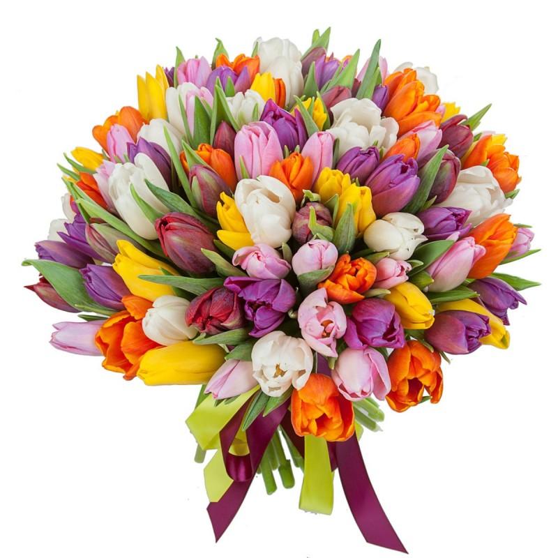 Букет из разноцветных тюльпанов